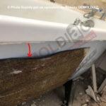 162-04-Plaques-antivibratiles-contenant-de-l'amiante-sous-une-baignoire